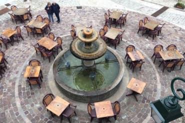 Pays de Fayence place fontaine